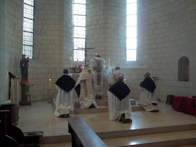 Slavná asistovaná Mše v Dominikánském ritu